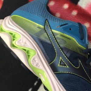 Mizuno Shoes - Mens Mizuno Wave Inspire 15 Running Shoes
